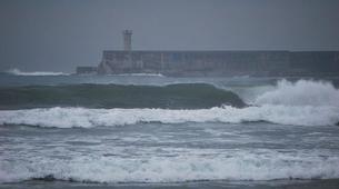 Surfing-Porto-Surf lessons and courses on Matosinhos Beach, Porto-9