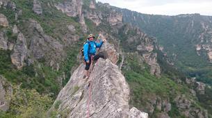 Rock climbing-Gorges du Tarn-Escalade dans les Gorges du Tarn, les Cévennes-1