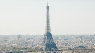 Helicopter tours-Paris-Helicopter flight over Paris and the Château de Versailles-2
