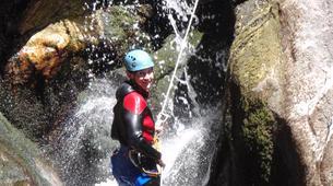 Canyoning-Ardèche-Canyon aventure dans les gorges de la Bourges, Ardèche-3