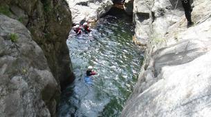 Canyoning-Ardèche-Canyon aventure dans les gorges de la Bourges, Ardèche-1