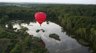 Hot Air Ballooning-Tours-Hot air balloon flight in Amboise, Touraine-1