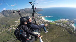 Paragliding-Cape Town-Tandem paragliding near Table Mountain in Cape Town-2