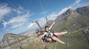 Paragliding-Cape Town-Tandem paragliding near Table Mountain in Cape Town-6