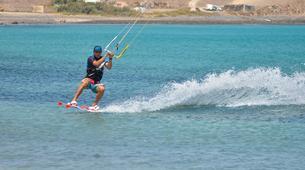 Kitesurfing-Costa Calma, Fuerteventura-Beginner kitesurfing courses in Matas Bay in Costa Calma, Fuerteventura-3