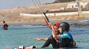 Kitesurfing-Costa Calma, Fuerteventura-Beginner kitesurfing courses in Matas Bay in Costa Calma, Fuerteventura-5