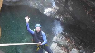 Canyoning-Prades-Canyoning hivernal en eau chaude dans les Pyrénées Catalanes-1