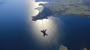 Skydiving-Taupo-Tandem skydive (15,000 ft) over Taupo-1