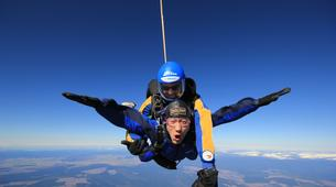 Skydiving-Taupo-Tandem skydive (12,000 ft) over Taupo-3