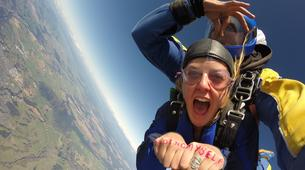 Skydiving-Taupo-Tandem skydive (15,000 ft) over Taupo-6