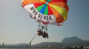 Parachute ascensionnel-Benidorm-Parasailing flights over the coast of Benidorm-1