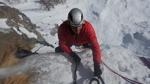 Ice Climbing-Aosta Valley-Ice climbing in Cogne, Aosta Valley-2