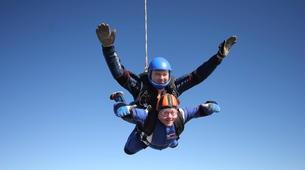 Skydiving-Hull-Tandem skydive over Hibaldstow near Hull-1
