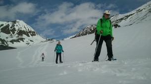 Raquette à Neige-Núria-Snowshoeing excursion in Vallter near Nuria-4
