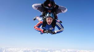Skydiving-Hull-Tandem skydive over Hibaldstow near Hull-4