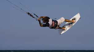 Kitesurfing-Caleta de Famara, Lanzarote-Private kitesurfing courses on Famara beach, Caleta de Famara-3