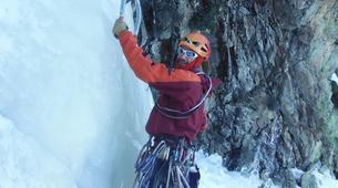 Ice Climbing-Nuria-Ice climbing initiation in Setcases near Nuria-2