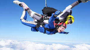 Skydiving-Hull-Tandem skydive over Hibaldstow near Hull-3