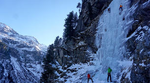 Ice Climbing-Großglockner-Beginner ice climbing course in Tauer near Lienz-3