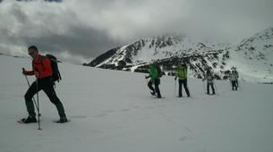 Raquette à Neige-Núria-Snowshoeing excursion in Vallter near Nuria-3