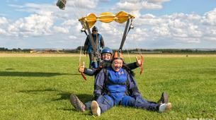 Skydiving-Hull-Tandem skydive over Hibaldstow near Hull-5