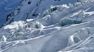 Backcountry Skiing-Chamonix Mont-Blanc-Vallée Blanche downhill skiing in Chamonix-4