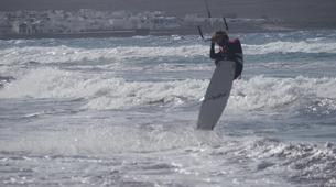 Kitesurfing-Caleta de Famara, Lanzarote-Private kitesurfing courses on Famara beach, Caleta de Famara-5