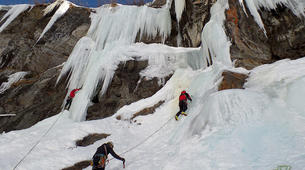 Ice Climbing-Großglockner-Beginner ice climbing course in Tauer near Lienz-5