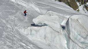 Backcountry Skiing-Chamonix Mont-Blanc-Vallée Blanche downhill skiing in Chamonix-2