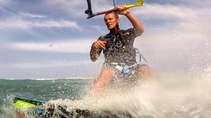 Kitesurfing-Mui Ne-Kitesurfing lessons in Mui Ne-1