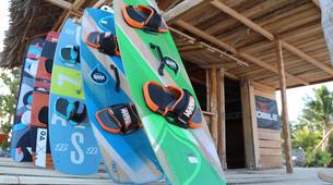 Kitesurfing-Bwejuu-Kitesurf equipment rental in Bwejuu-6