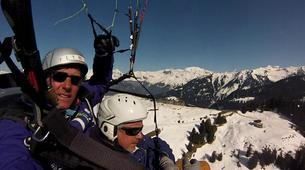 Paragliding-Samoëns, Le Grand Massif-Winter tandem paragliding over Samoens-1