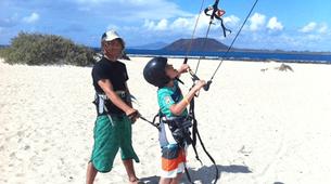 Kitesurfing-Corralejo, Fuerteventura-Private and semi private beginners kitesurfing course in Corralejo-5