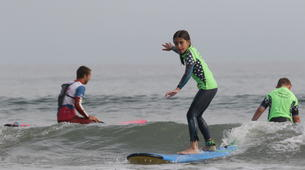 Surfing-Hendaye-Surfing lessons in Hendaye: beginners or intermediate surfers-2