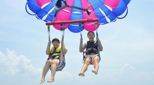 Parasailing-Kuta Selatan-Parasailing on Pantai Samuh beach in Nusa Dua, Bali-4