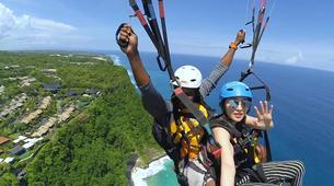 Paragliding-Bali-Tandem paragliding flight near Uluwatu, Bali-3