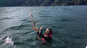 Kitesurf-Lac de Côme-Try Kite Beginner Course 1 hour-6