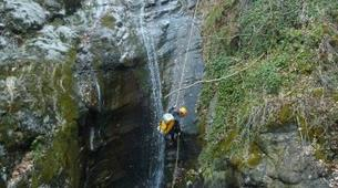 Canyoning-Thuès-Entre-Valls-Canyon de Thuès dans les Pyrénées-3