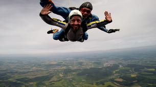 Skydiving-Boxberg-Tandem skydive between Stuttgart and Würzburg-6