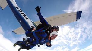 Skydiving-Boxberg-Tandem skydive between Stuttgart and Würzburg-2
