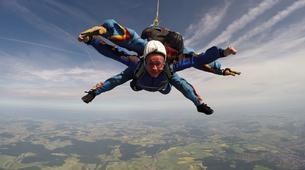 Skydiving-Boxberg-Tandem skydive between Stuttgart and Würzburg-5