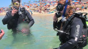 Scuba Diving-Coral Bay-PADI Open Water Diving course in Coral Bay-3