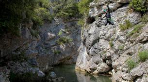 Canyoning-Saint-Paul-de-Fenouillet-Canyon des Gorges de Galamus dans les Pyrénées-6