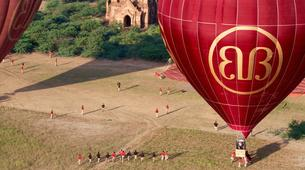 Montgolfière-Bagan-Hot air balloon flight over Bagan-1