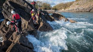 Coasteering-Pembrokeshire-Coasteering excursion in Pembrokeshire-1