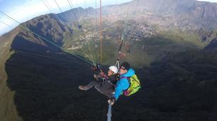 Paragliding-Cirque de Cilaos-Hike and fly paragliding over the Piton des Neiges, Réunion-1