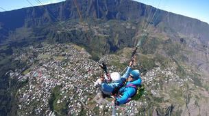 Paragliding-Cirque de Cilaos-Hike and fly paragliding over the Piton des Neiges, Réunion-4