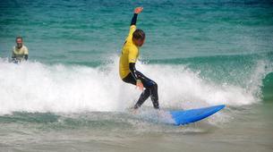 Surfing-Caleta de Fuste, Fuerteventura-Beginner's Surfing Courses in Caleta de Fuste-1