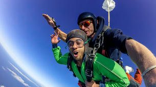Parachutisme-Tauranga-Tandem skydive from 10,000ft in Tauranga-2