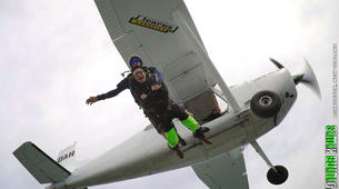 Skydiving-Christchurch-Tandem skydive near Christchurch-4